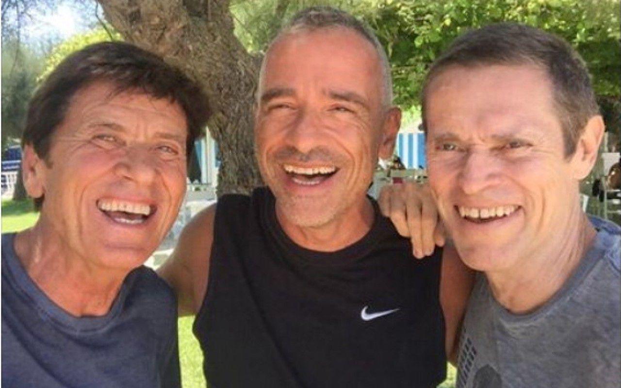 Gianni Morandi insieme a Eros Ramazzotti e Willem Dafoe: si scherza su  Facebook – Tvzap