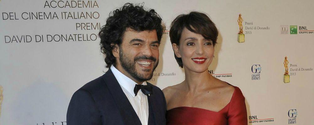 Francesco Renga e Ambra Angiolini, vacanze separate e una misteriosa bionda: aria di crisi?