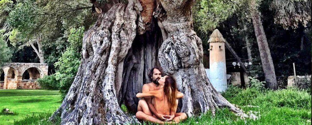 Naike Rivelli e Yari Carrisi, dal sesso tantrico al fidanzamento ufficiale