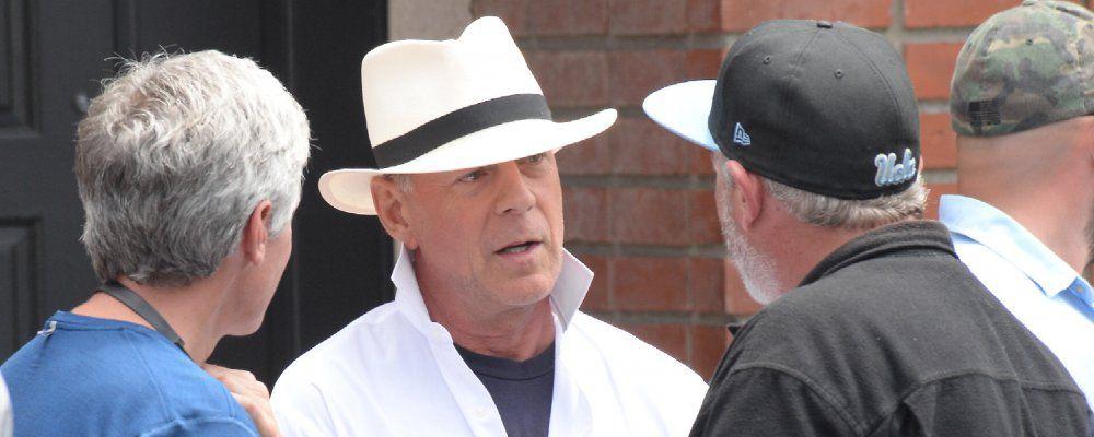 Bruce Willis, addio al set di Woody Allen: è stato cacciato dal regista?