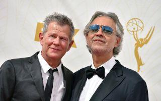 Emmy Awards 2015, Andrea Bocelli fa sentire forte la voce dell'Italia