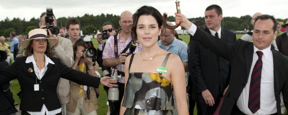 Neve Campbell in House of Cards, rimandato al 2017 American Gods