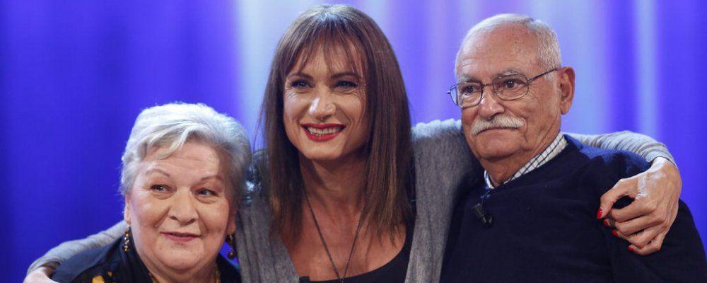 Vladimir Luxuria al Maurizio Costanzo Show 'Orgogliosa di mio padre'