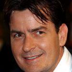 Charlie Sheen, 20mila dollari per uccidere la ex fidanzata: assoldato un killer