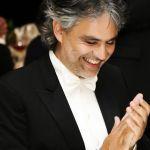 La notte di Andrea Bocelli, musica e solidarietà con Milly Carlucci