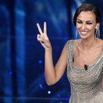 Sanremo 2016, Madalina Ghenea tutti i look della prima serata