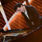 Sanremo 2016, seconda serata ai 'Maestri': Ezio Bosso incanta più di Nicole Kidman. E il web acclama Beppe Vessicchio