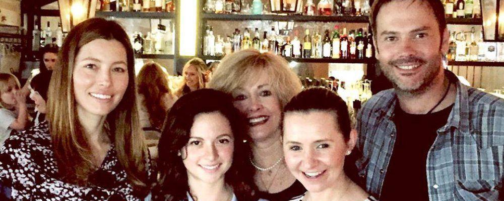 Settimo cielo, tutti insieme appassionatamente: reunion da Jessica Biel