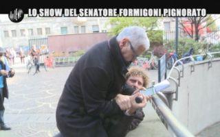 Le Iene Show, Roberto Formigoni scatenato contro l'inviato Filippo Roma