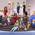 Barbie compie 60 anni: le foto dell'evoluzione di un mito