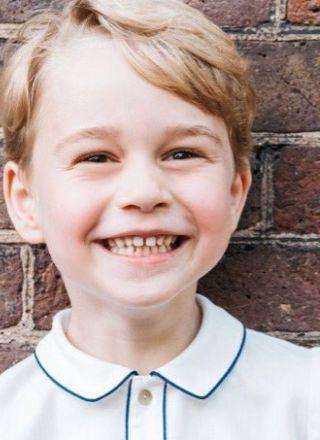 Principe George compie 5 anni e vola ai Caraibi: le più belle immagini del royal baby