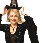 Sabrina vita da strega, la maga adolescente compie 40 anni: da Britney Spears alle copertine sexy