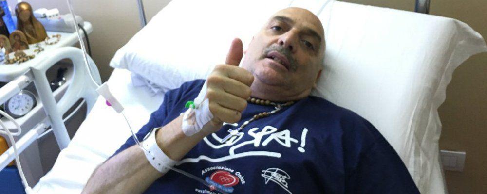 Paolo Brosio, delicata operazione d'urgenza alla gamba destra 'Tutto ok'