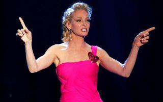 Cannes, Lapo Elkann: bacio a sorpresa con Uma Thurman