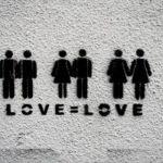 Uomini e Donne, trono gay: sono aperti i casting