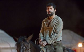 Marco Polo 2, le immagini di scena con Pierfrancesco Favino e Lorenzo Richelmy
