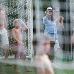 Gigi Buffon e Ilaria D'Amico, vacanze da portiere col figlio di lei