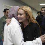 Lindsay Lohan cancella Instagram: si è convertita all'Islam?
