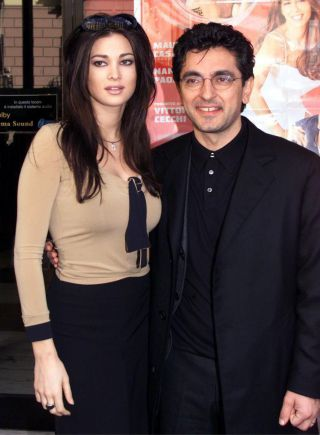 Manuela Arcuri compie 40 anni: da Panariello a Prince, la carriera