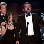 "Sag Awards 2017, Winona Ryder show di ""faccette"""