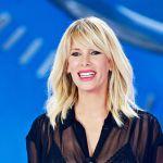 Alessia Marcuzzi torna a Le Iene, l'annuncio social
