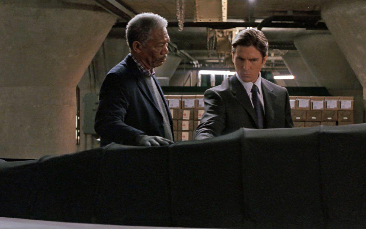 Batman Begins |  trama |  cast e curiosità della versione di Christopher Nolan del Cavaliere