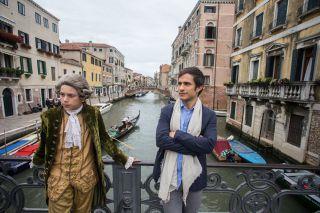 Da Master of None a I Soprano passando per Sense8, le serie tv americane con set in Italia