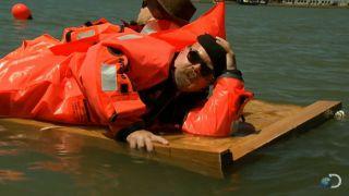 Titanic 105 anni dopo: sulla zattera poteva starci anche Jack? Tutti i meme divenuti virali