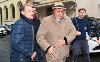 Addio Gianni Boncompagni: da Renzo Arbore ad Alba Parietti, tutti i vip alla camera ardente