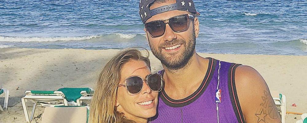 Guendalina Canessa e Pietro Aradori, anniversario d'amore a Ibiza con la bimba