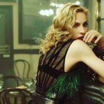 Madonna alla soglia dei 60 anni in topless su Instagram