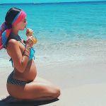 Melita Toniolo in bikini col pancione su Instagram aspettando Daniel