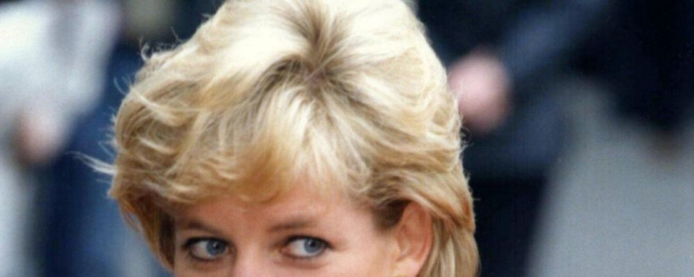 Charles Spencer rivela: 'Diana aspettava nostra madre sulla porta, ma lei non tornò mai'