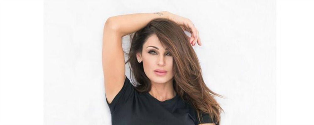 Anna Tatangelo, la foto in intimo manda in visibilio i fan