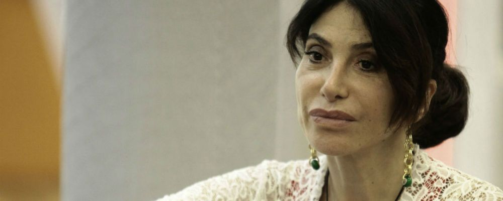 """Carmen Di Pietro: """"Chiedo scusa, non sapevo cos'è l'endometriosi"""""""