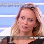 Pomeriggio Cinque: Justine Mattera e la verità sui funerali di Paolo Limiti
