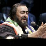 Pavarotti un'emozione senza fine, l'omaggio al Maestro condotto da Carlo Conti
