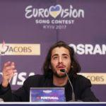 Salvador Sobral, peggiorano le condizioni del vincitore dell'Eurovision Song Contest 2017