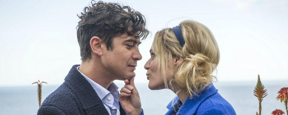 La cena di Natale: trama, cast e curiosità del film con Laura Chiatti e Riccardo Scamarcio