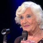 Chi è Paddy Jones: la nonna ballerina acrobatica da Sanremo a Domenica Live