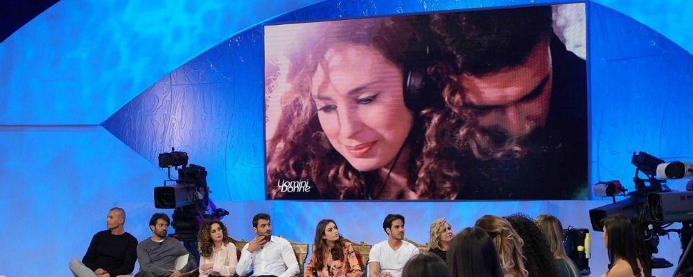 Uomini e donne, Lorenzo si sbilancia con Sara: 'Ho paura di innamorarmi di te'