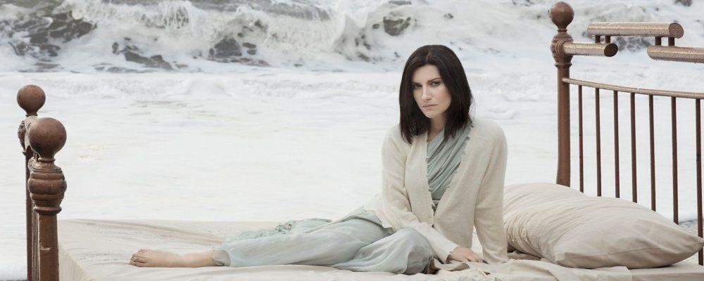 Laura Pausini pubblica Fatti sentire e prepara uno show con Maria De Filippi