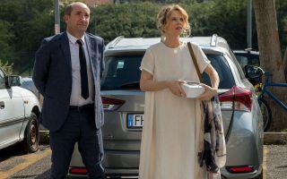 Come un gatto in tangenziale, le foto del film con Antonio Albanese e Paola Cortellesi