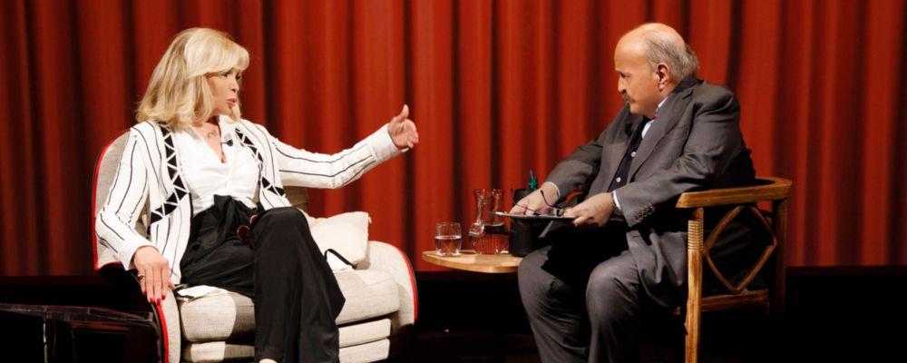 L'intervista, Amanda Lear: 'David Bowie mi ha pagato le lezioni di canto'