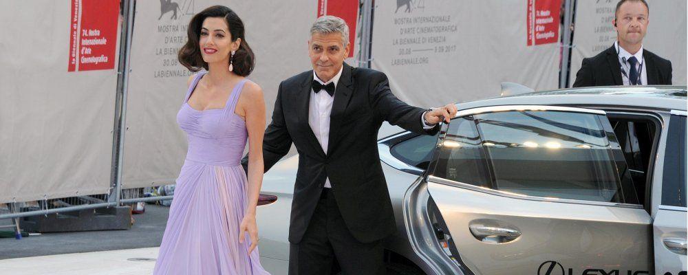 La famiglia Clooney si trasferisce in Italia