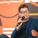 Enrico Papi contro Mediaset: 'Un errore rifare La pupa e il secchione senza di me'