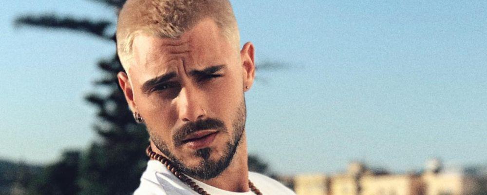Francesco Monte cambia look: ora è biondo (e Instagram apprezza)