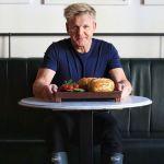 Chef Gordon Ramsay in una pizzeria sarda ma non volano piatti