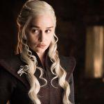 Game of Thrones: Emilia Clarke dice addio alla serie, Kit Harington vuole liberarsi di Jon Snow
