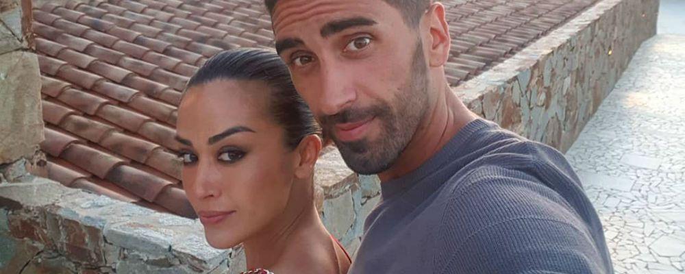 Giorgia Palmas è incinta di Filippo Magnini: la foto con il pancione